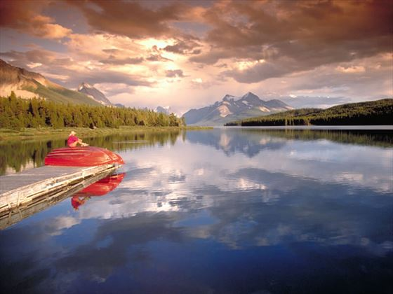 Maligne Lake Jasper National Park