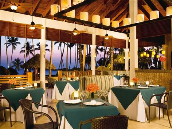 Seaside Grill restaurant at Dream Palm Beach
