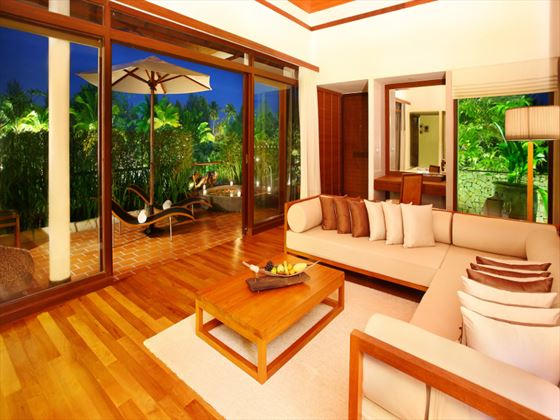 The Sarojin in-Suite living room