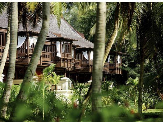 Rooms Exterior, Tajong Jara Resort