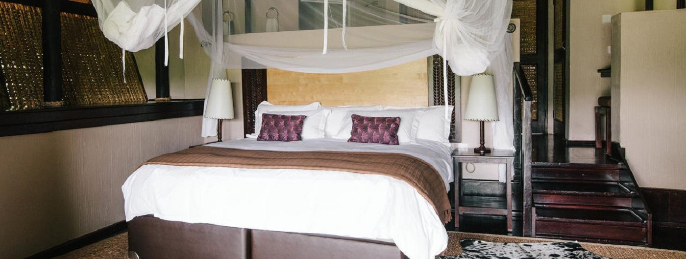 Chilo Gorge Safari Lodge Luxury Room interior