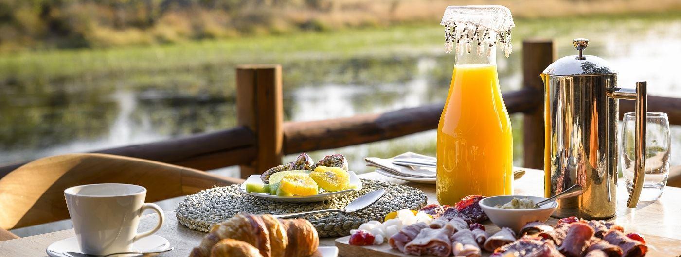 Breakfast along the Delta