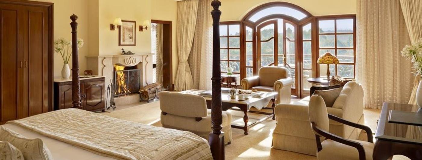 Fairmont Mount Kenya Safari Club William Holden Cottage interior