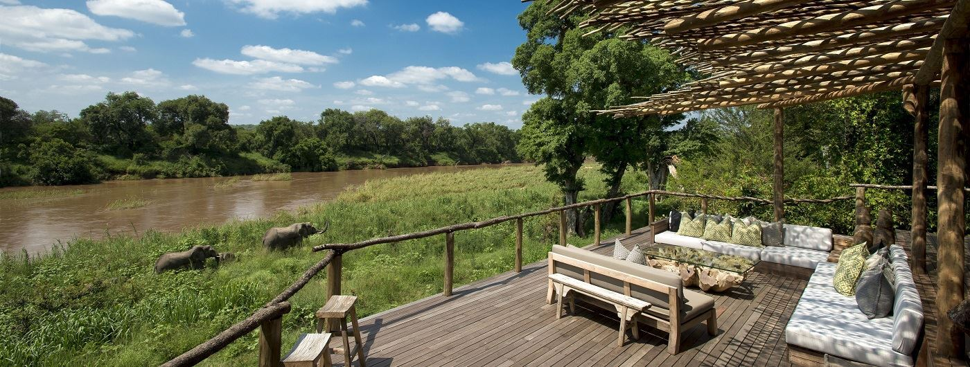 Lion Sands Narina Lodge outdoor lounge area