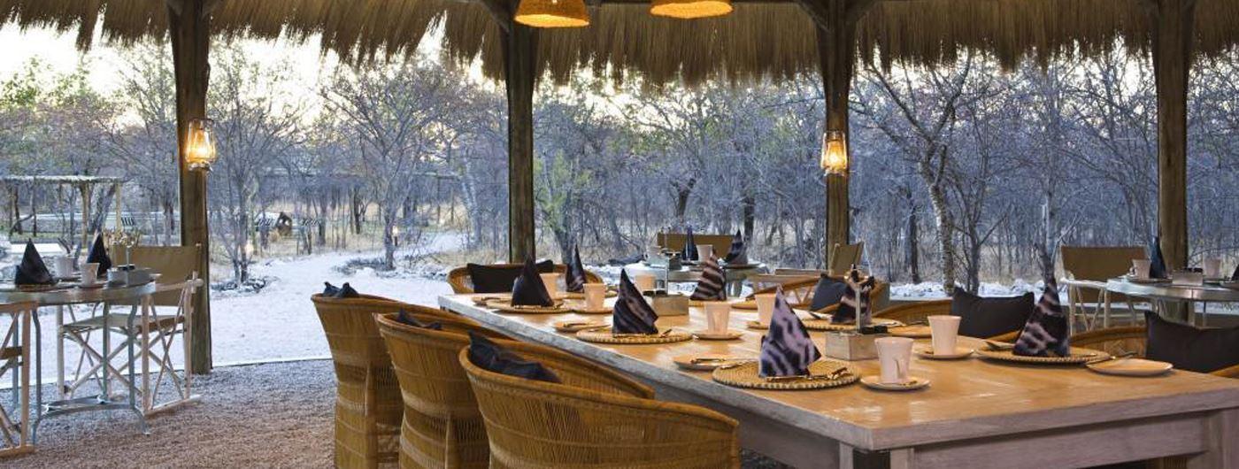 The dining area at Mushara Bush Camp