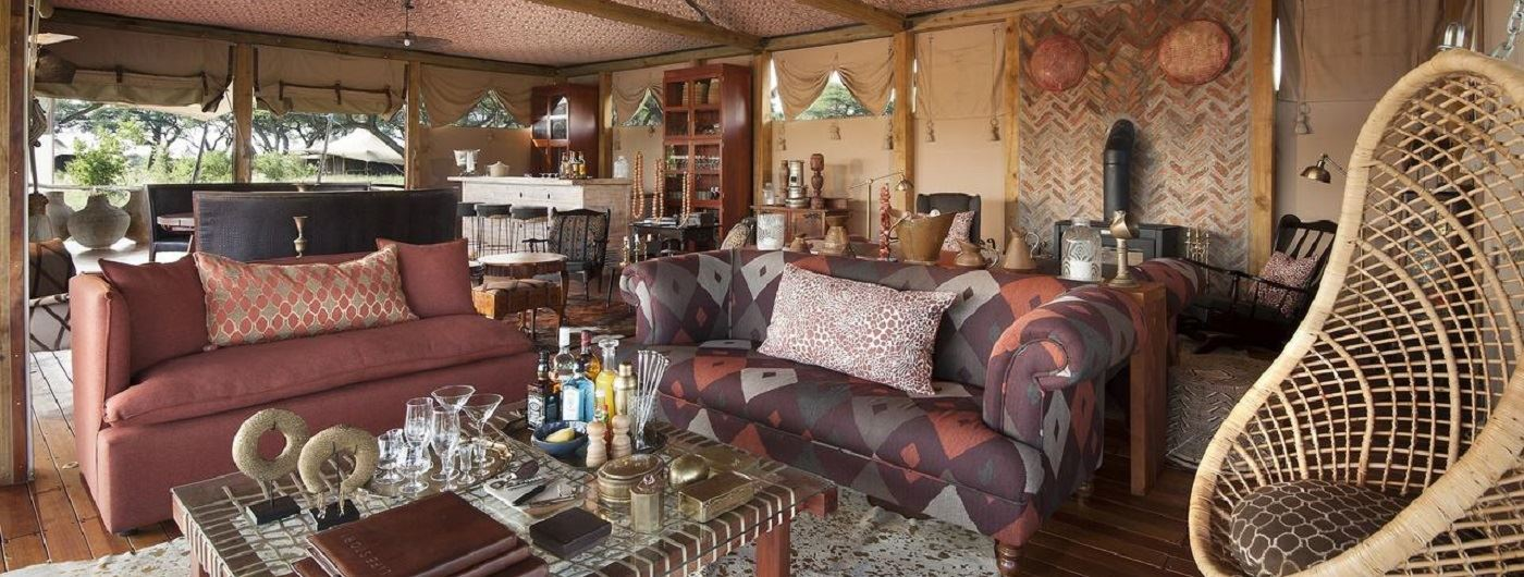 Somalisa Camp main lounge