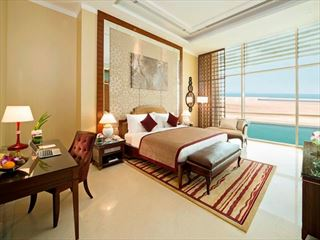 Al Raha Beach Hotel suite bedroom