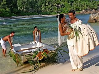 Beautiful & exclusive weddings at Cap Lazare