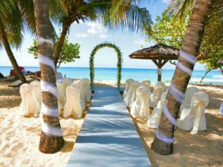 Stunning beach setting for a wedding