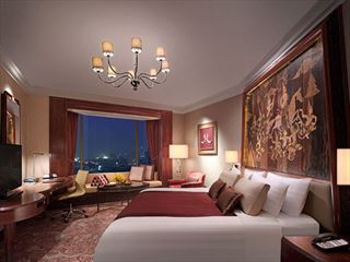 Horizon Club Room at Shangri-La Bangkok