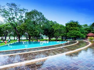 - Sri Lanka Holidays