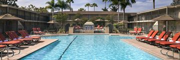 Hyatt Regency Newport Beach, Pool