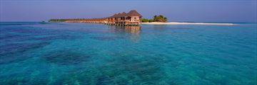 Kuredu Island Resort & Spa, Sangu Water Villas