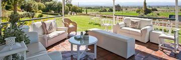 La Plume Guesthouse, Terrace