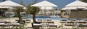 Main pool at Phoenicia Malta