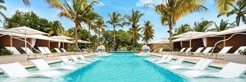 Serenity at Coconut Bay, Pool