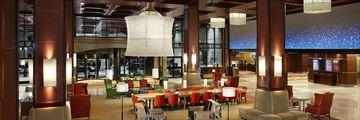 Sheraton Centre Toronto Hotel, Lobby