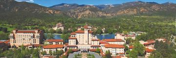 The stunning vista of The Broadmoor Resort