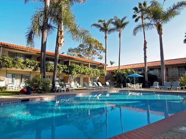 Best Western Plus Pepper Tree Inn Pool