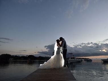 Andrea & Wesley's romantic Mauritius wedding