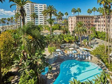 Farimont Miramar Hotel & Bungalows