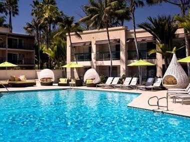 Hyatt Regency Newport Beach pool
