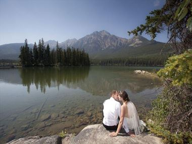 Couple at Pyramid Island in Jasper