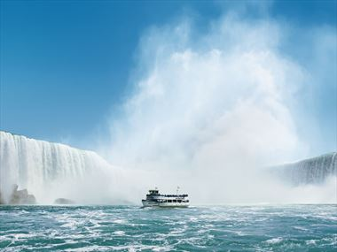 Maid of the Mist weddings