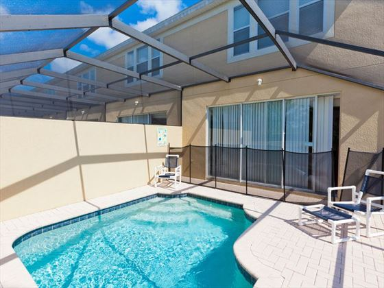 Example of a Disney Area Platinum Townhome Splashpool