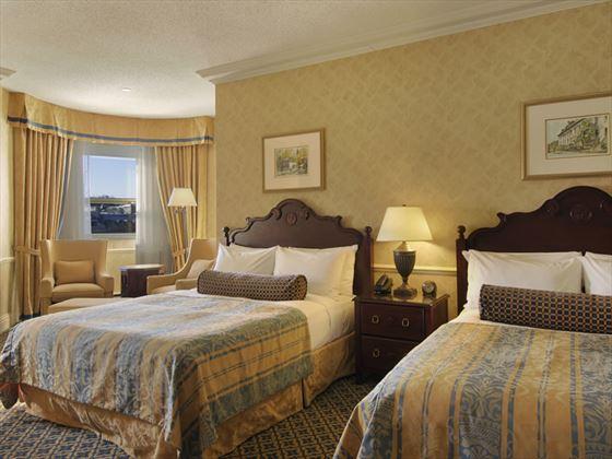 Deluxe city view guestroom
