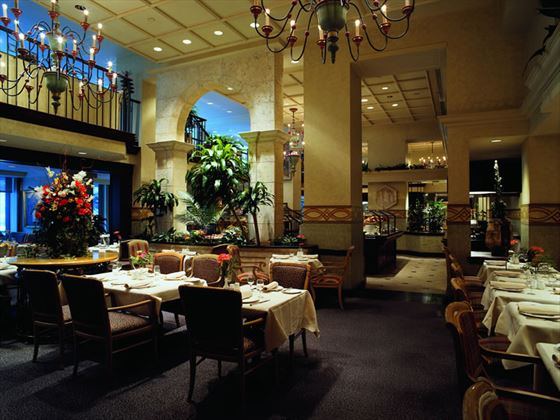 Le Montrealais Restaurant