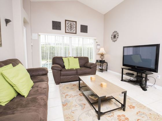 Example of a Glenbrook Home Living Area