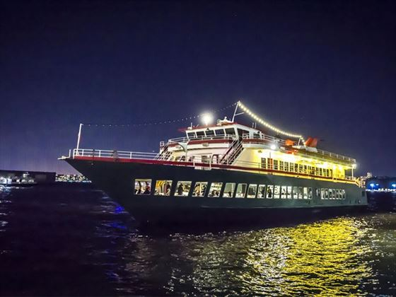 e dazzled by breathtaking views of the New York Harbor as you sail to The Statue of Liberty