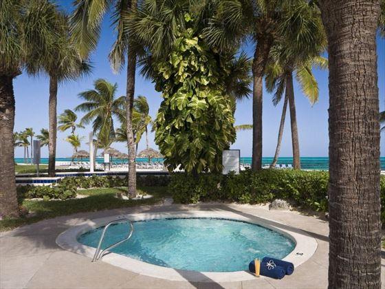 Melia Nassau Beach Jacuzzi