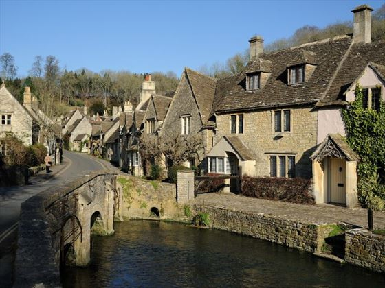 A Cotswolds Village