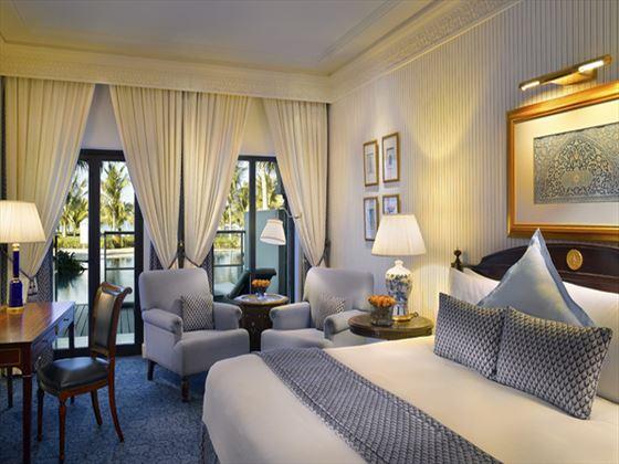 Al Bustan Palace Lagoon Room