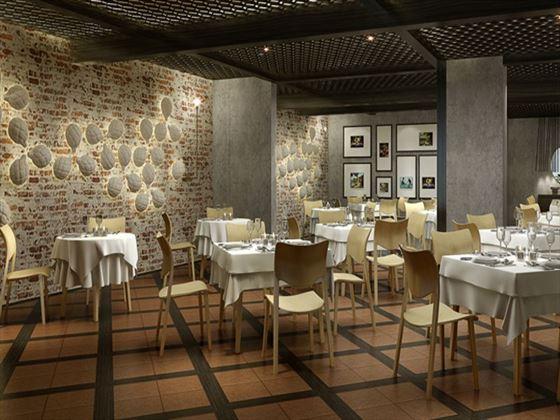 Amici restaurant at One&Only Hayman Island
