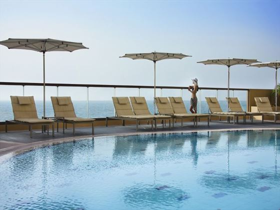 Amwaj Rotana Swimming Pool