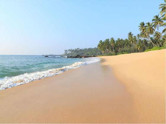 Anantara Tangalle Peace Haven beach