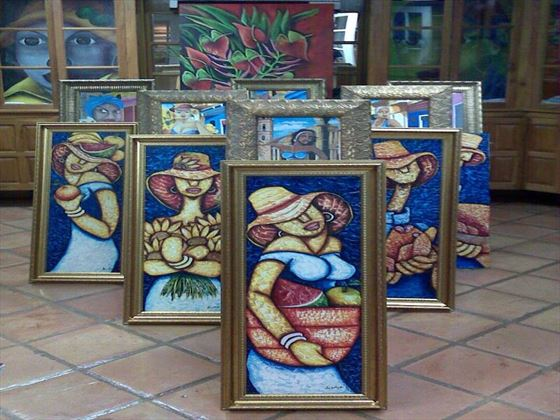 Art gallery at Coco Reef Resort