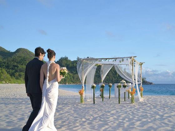 Beach wedding setting, Banyan Tree