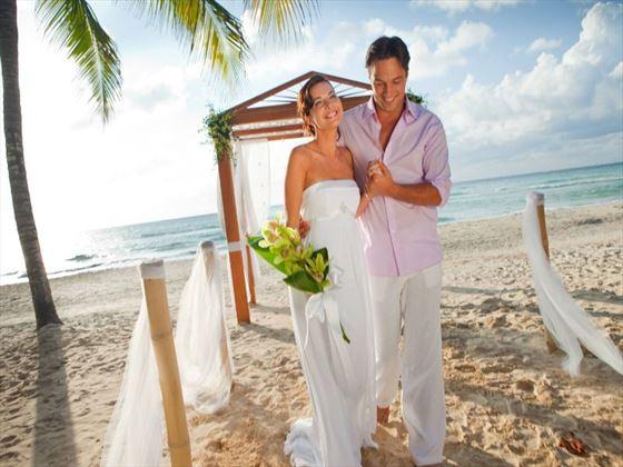 Your Beach Wedding Ceremony: Couples Negril, Jamaica, Caribbean Wedding