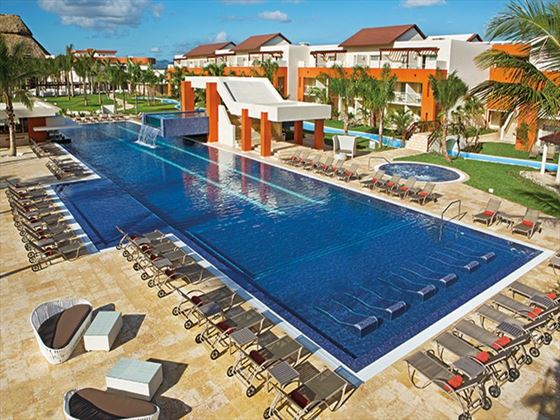 Breathless Punta Cana pool