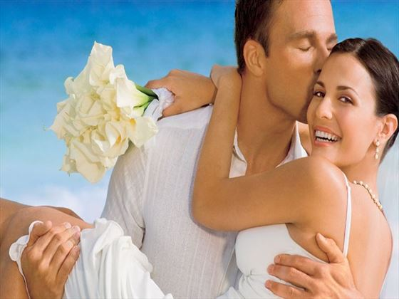 Bride and groom at Secrets Capri Riviera
