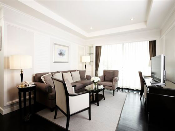 Cape House Langsuan Serviced Apartments One-bedroom living room