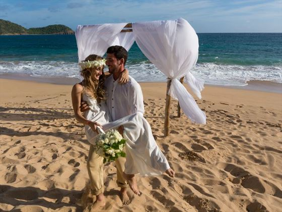 Stunning yet simple wedding ceremony at Bequia Beach Hotel