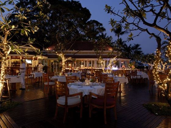 Centara Grand Beach Resort & Villas Hua Hin BBQ night