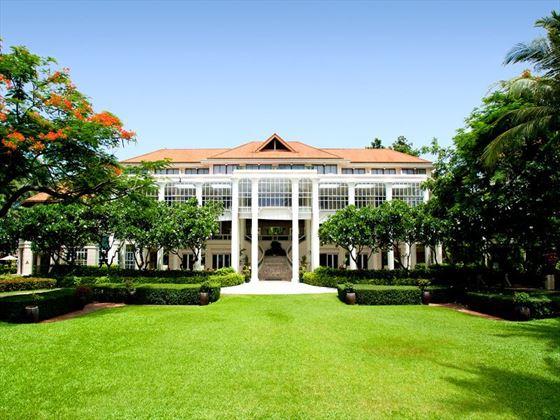The grand entrace to Centara Grand Beach Resort Samui, Koh Samui