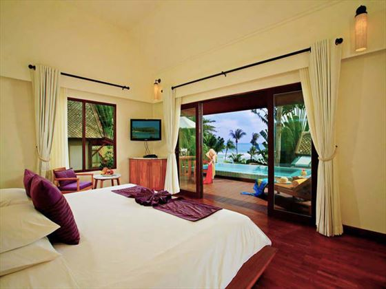 Centara Villas Samui Deluxe Pool Villa Ocean View bedroom