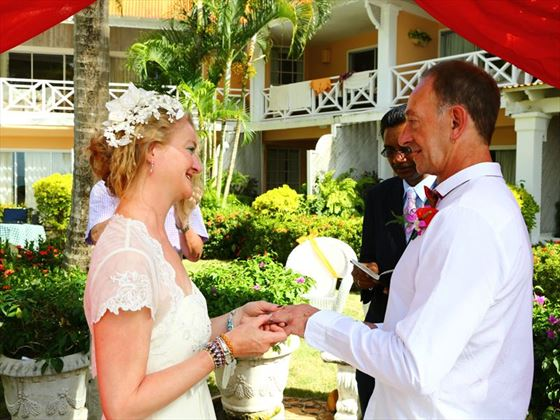 Reciting your vows at Coco Reef